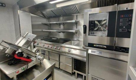 Cuisiniste à Saint-Clotilde pour création de cuisine sur mesure