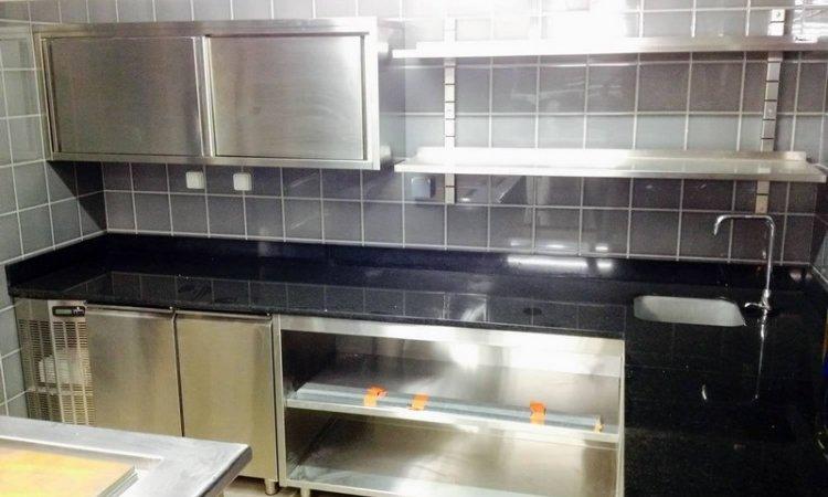 EQUIP'oi Magasin d'équipement de cuisine professionnelle à Sainte-Clotilde - préparation